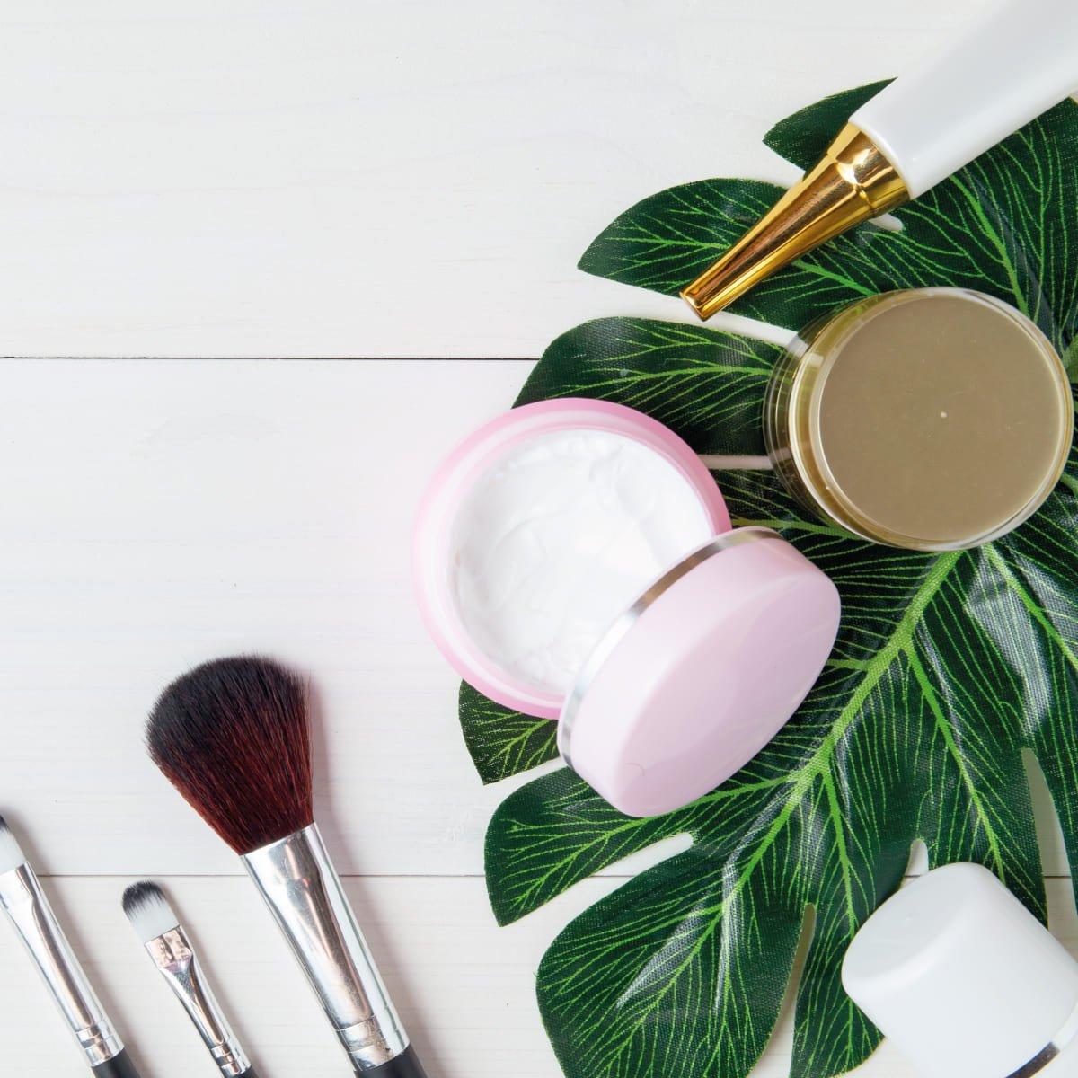 Organic Makeup from INika and Dr Hauschka